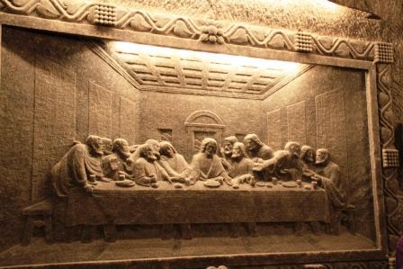 храм под землей