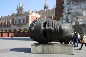 памятник Эросу в Кракове