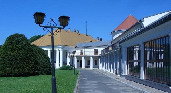 Замок Кмитов